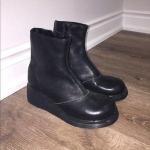 Dr martens Black chunky platform moon shoes/boots